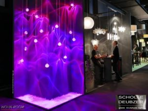 wandverkleidung_licht_cdrop_scholle&deubzer_wandbeleuchtung_wohn-room