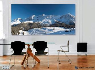 wandverkleidung_schallsauger_akustik_lightboxx_arosa-maran_winter_20252001_wohn-room